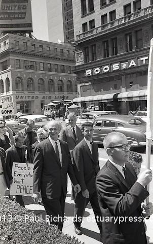 Benny Bufano in 1960 peace march