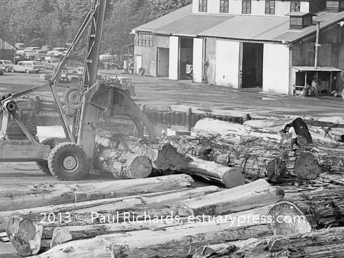 The Last of Giant Logs Come Down
