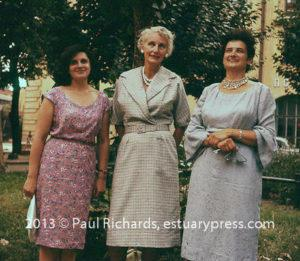Alice Richards with Soviet women, 1961