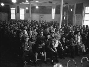 Union hall crowd sitting, Butte, 1960