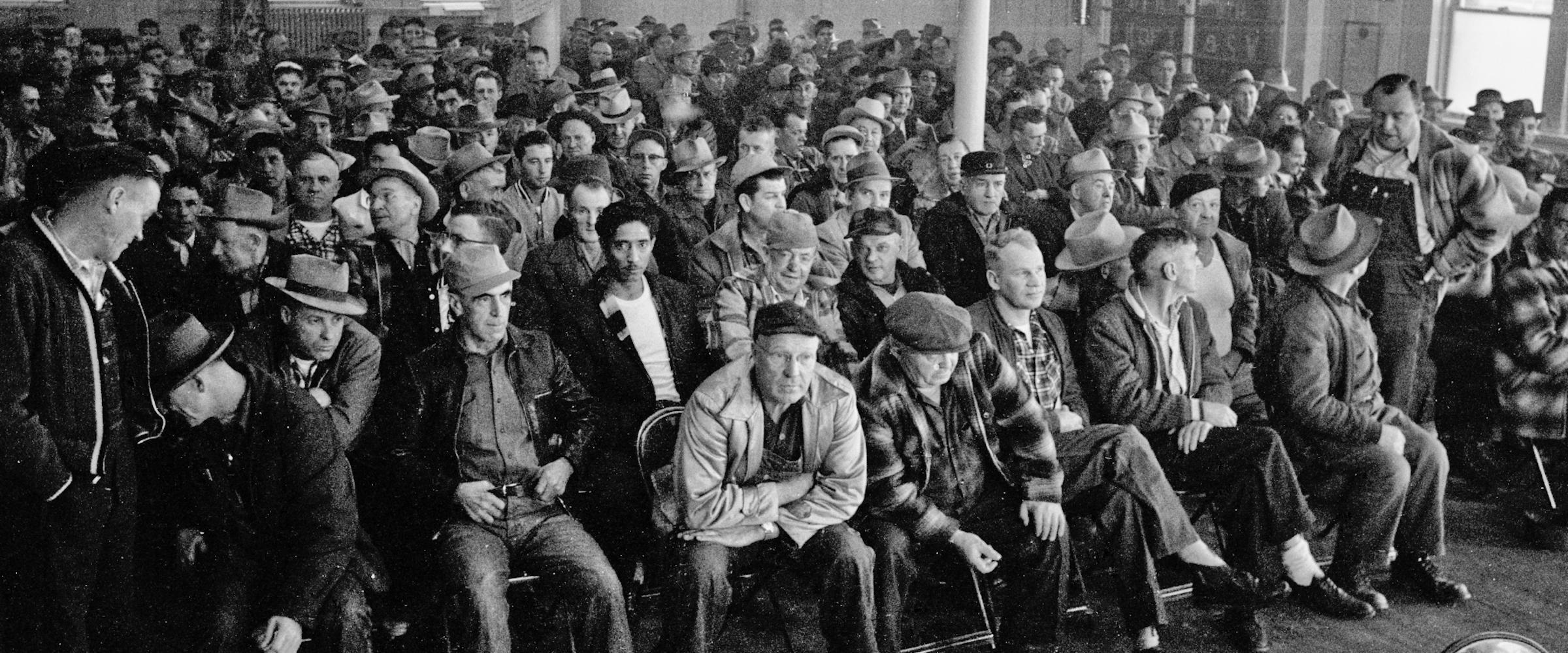 Union hall crowd sitting1 header image 2400