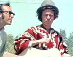 Saul Landau, co-director, y Country Joe McDonald